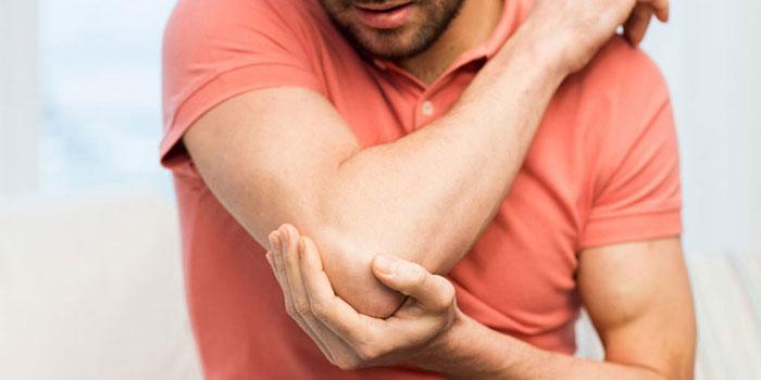 Alkūnės skausmas